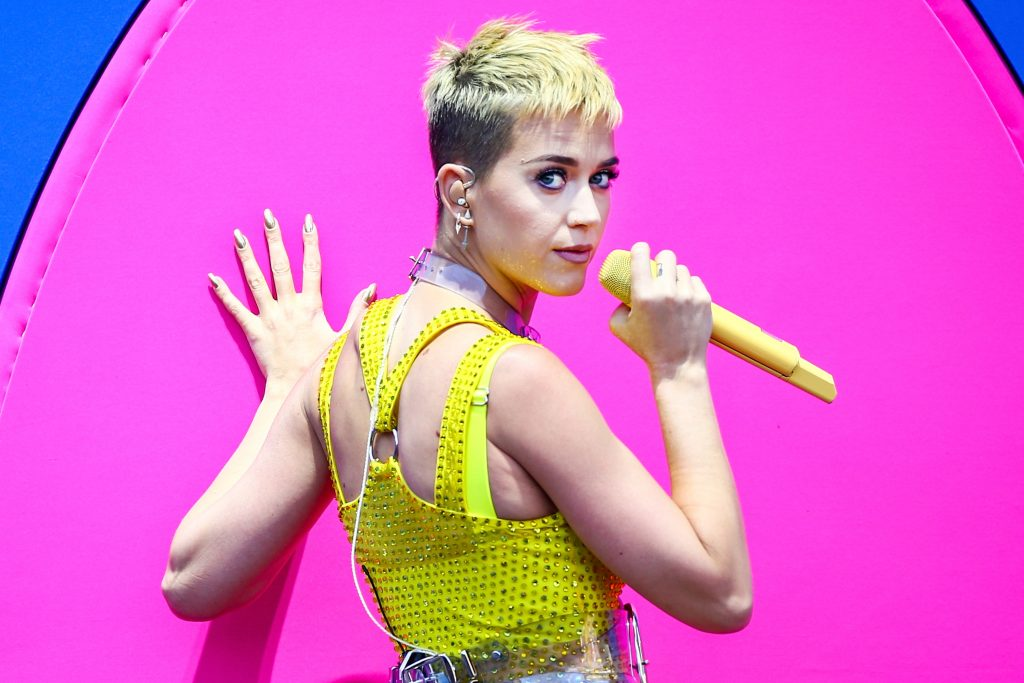 2017 MTV VMA'yi Katy Perry Sunacak !