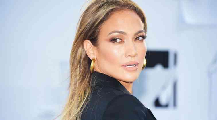 Jennifer Lopez 'den cesur selfie.