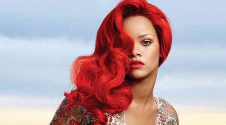 Farklı Tarzda Rihanna