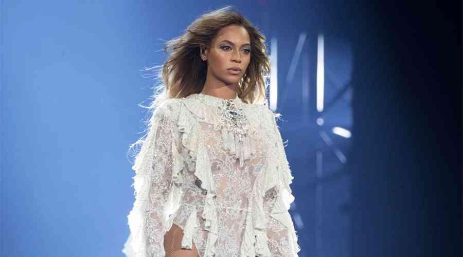 Beyonce geri döndü.