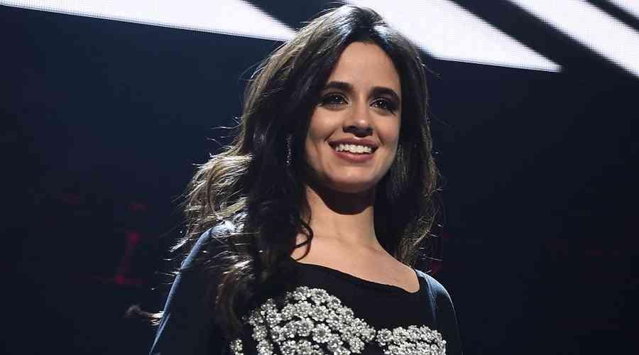 Camila Cabello zirvede.