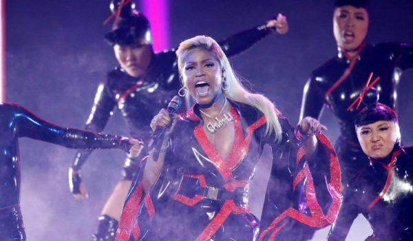 Nicki Minaj'dan çok özel şov.