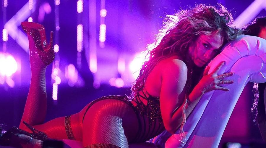 Jennifer Lopez başrolde.