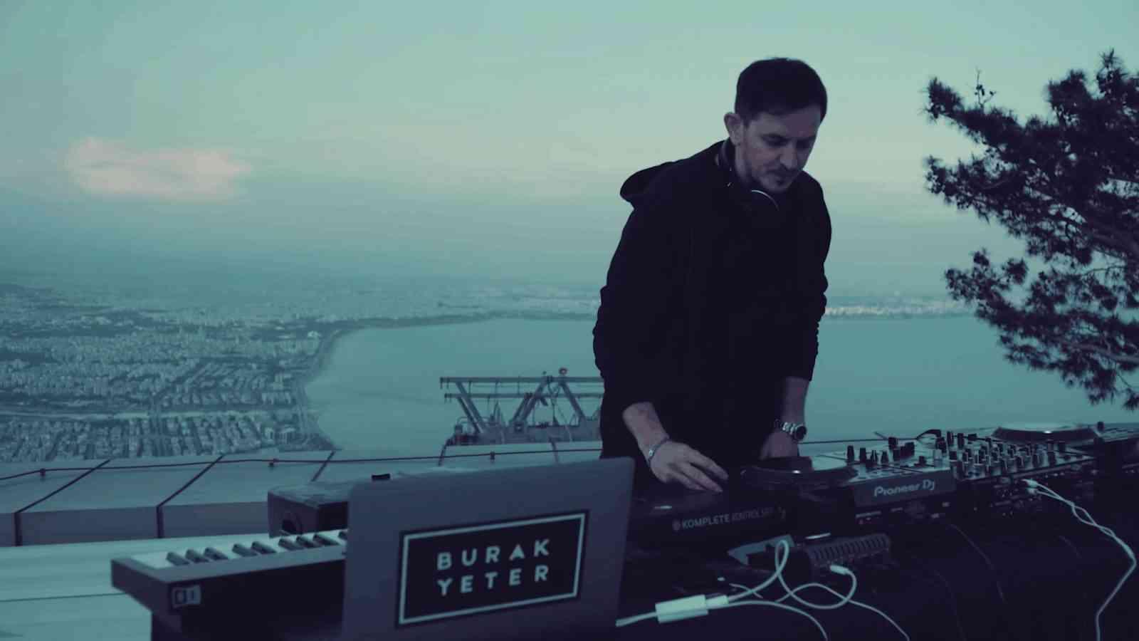 Burak Yeter - Radio Show (Tunektepe LIVE SET)